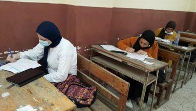 شكاوى من ضيق الوقت في امتحان اللغة العربية للشعبة الأدبية بالفيوم