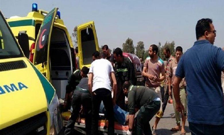 صحة مطروح: إصابة طفلين في انقلاب سيارة ملاكي بمدخل مطار العلمين