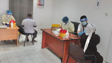 الصحة: بدء تطعيم عاملي مزارع العبدلي والوفرة