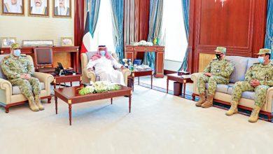 الشيخ أحمد النواف استقبل قادة «الحرس» لتهنئته بعيد الأضحى