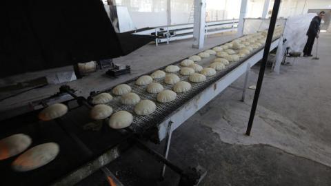 Syria: Govt Raises Bread, Diesel Prices as Crisis Deepens