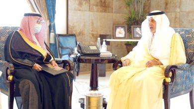 الفيصل يستعرض تطوير التراث وتقويم المباني مع جمعية علوم العمران - أخبار السعودية