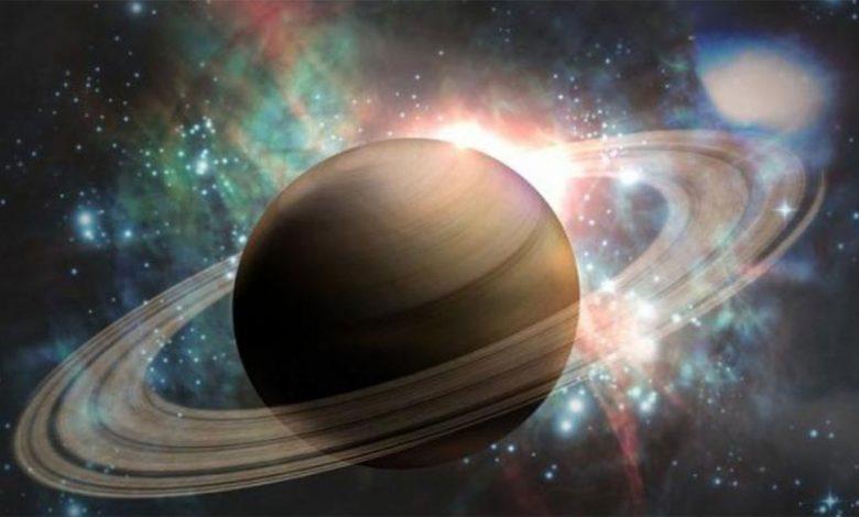 فلكية جدة: تقابل كوكب زحل مع الشمس صباح الإثنين بتوقيت المملكة