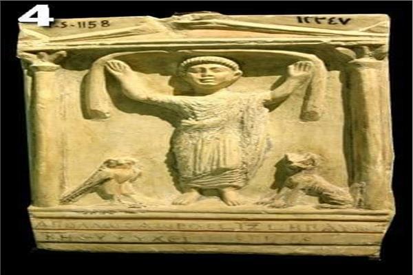 قطع أثرية من متحف الإسكندرية القومى