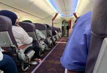 """""""مصر للطيران"""" تعاقب طيارين بسبب تعديل أماكن أفراد الضيافة الجوية"""