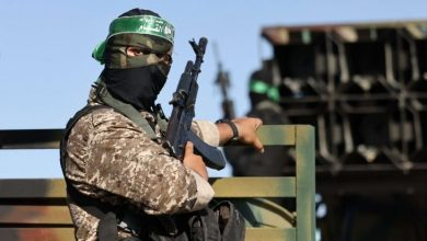 """هآرتس: حماس تقود المظاهرات رغم """"الاتفاق المالي"""".. وإسرائيل: ماذا عن """"النووي الإيراني""""؟"""