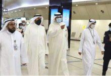 وزير الصحة يتفقد الإجراءات الصحية في المطار مع بدء تطبيق قرارالسماح باستقبال غير الكويتيين