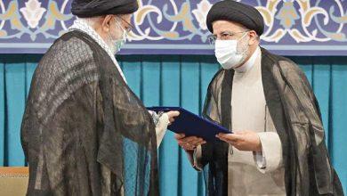 إيران تنصّب رئيساً «جهادياً» وأول اجتماعاته خليجي