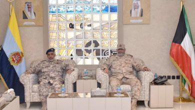 رئيس الأركان يبحث مع رئيس أركان القوات القطرية الموضوعات ذات الاهتمام المشترك