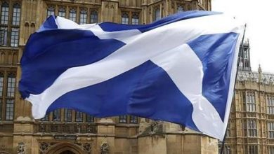 آلاف الاسكتلنديين يتظاهرون للاستقلال عن المملكة المتحدة