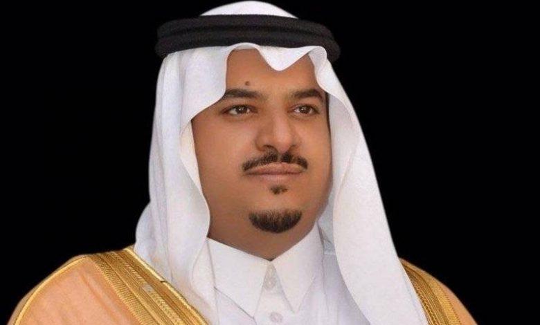 الأمير محمد بن عبد الرحمن يؤدي صلاة الميت على والدة أمين مجلس منطقة الرياض - أخبار السعودية