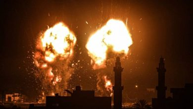 الاحتلال يشن غارات على غزة فجر اليوم