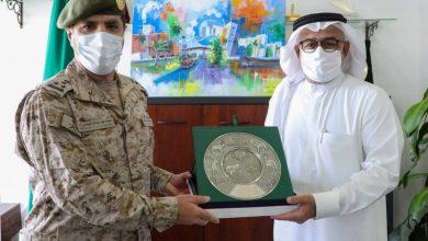 «الدفاع» تسلم «الحياة الفطرية» سياج حماية السلاحف البحرية بمحافظة ينبع - أخبار السعودية
