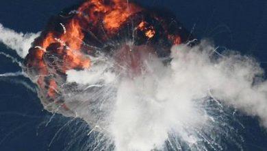 انفجار صاروخ ألفا المتجه للفضاء - صور