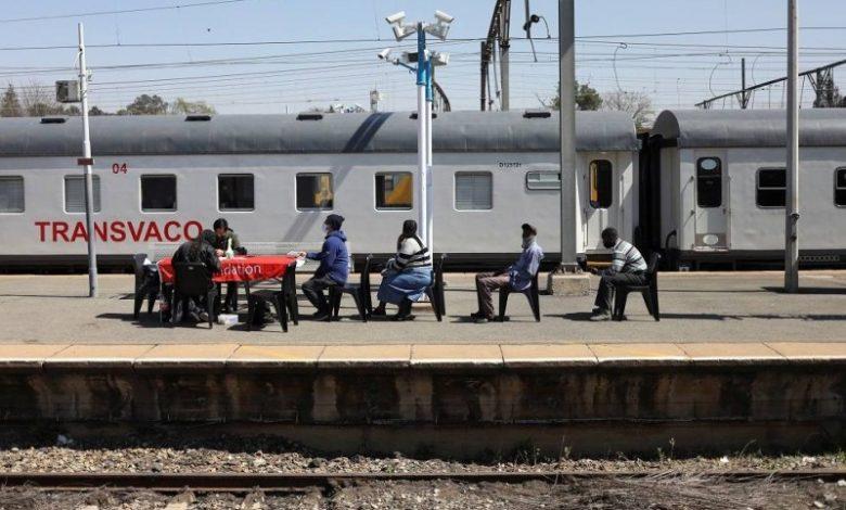 جنوب أفريقيا تسيّر قطارا لتطعيم السكان ضد كورونا - أخبار السعودية