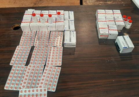 ضبط أدوية مجهولة المصدر بصيدليات في جرجا بسوهاج
