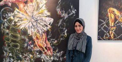 فلسطينية تترجم معاناة المرأة في غزة بلوحات مستوحاة من الباليه