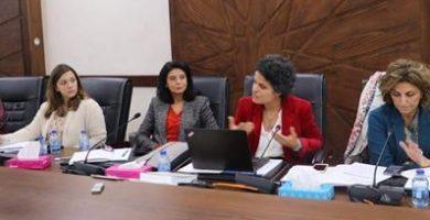 ملتقى البرلمانيات العربيات يدعو إلى توسيع مشاركة النساء في العملية السياسية لتحقيق المساواة في التمثيل