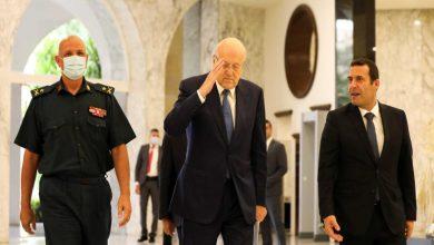 لبنان يشكل حكومة جديدة بعد عام من الفراغ