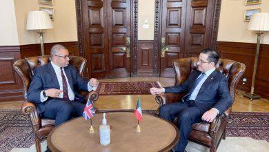 الناصر يؤكد أهمية التنسيق والتعاون بين السفارة في بريطانيا والمكاتب التابعة لتحقيق المصلحة العليا
