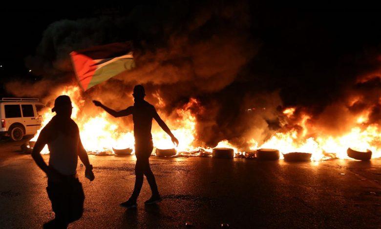 8 إصابات برصاص الاحتلال و15 بالاختناق خلال مواجهات على حاجز حوارة