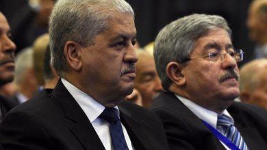 قضاء الجزائر يقضي بسجن رئيسي الوزراء السابقين