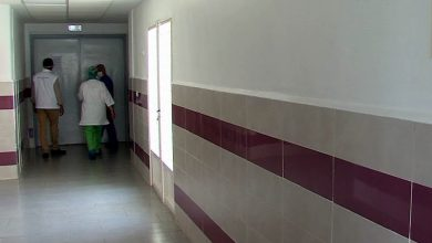 """نقابة تحذر من """"ظاهرة الغرباء"""" في المستشفيات"""