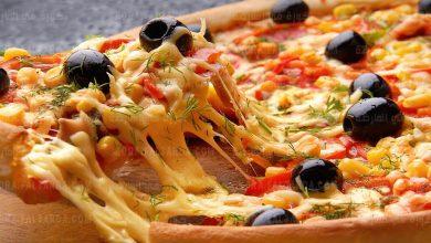 تحذيرات من تناول نوع معيّن من البيتزا لخطورته على صحة القلب